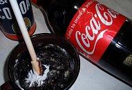 Americký Coca-Cola koláč (buchta) s polevou