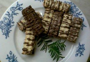 Barevné kokosové tyčinky s kakaovým krémem