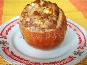 Jablka plněná mletým masem