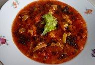 Zeleninová polévka s černou čočkou