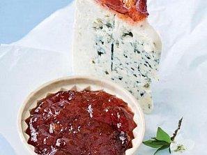 Sýr se švestkovou marmeládou