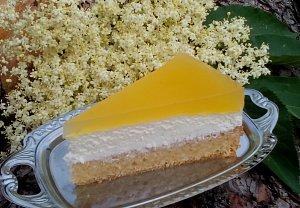 Svěží dort / řez s bezinkovým želé