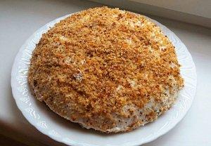 Mrkvový koláč s tvarohovým krémem
