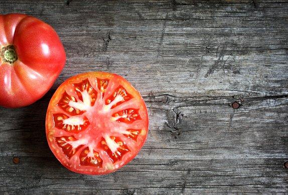 Kuskus s rajčaty a mátou
