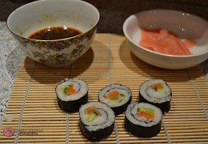 Sushi s lososem