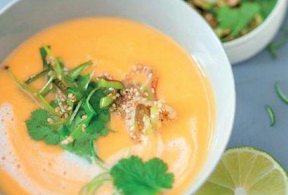 Karotková polévka s limetkou a koriandrem