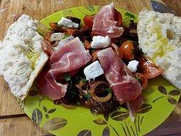 Andaluský rajčatový salát s Chorizem