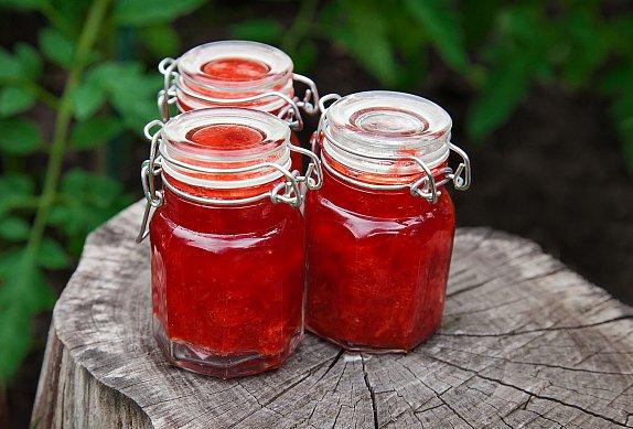Domácí malinová marmeláda