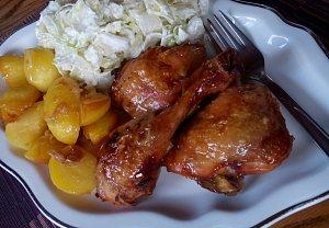 Kuře s bramborem (nejen) z remosky s ledovým salátem