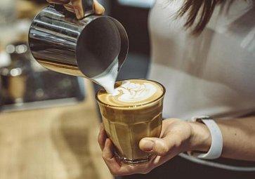 Kam v Praze na kávu? Otestovali jsme pro vás 10 míst!