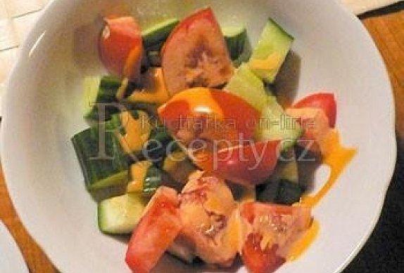 Tříminutový salát s dresinkem
