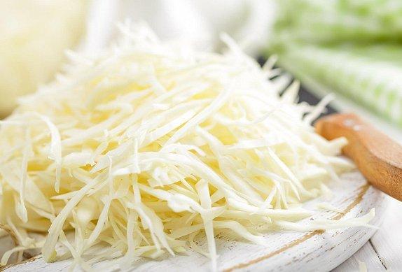 Zelný salát s citronovo-medovou zálivkou