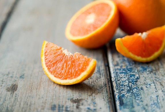 Pomerančový salát s tuňákem