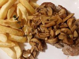 Přírodní maso se žampiony - minutka