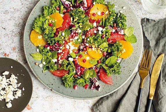 Salát s citrusy a fetou