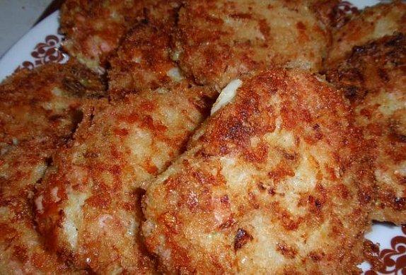 Kapustové řízky (karbanátky) se sýrem