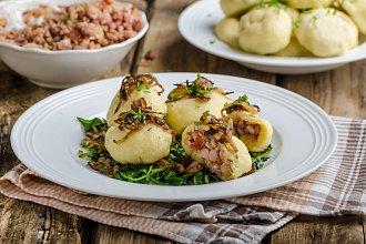 Recept na bramborový knedlík – postup přípravy, suroviny a více variant receptu