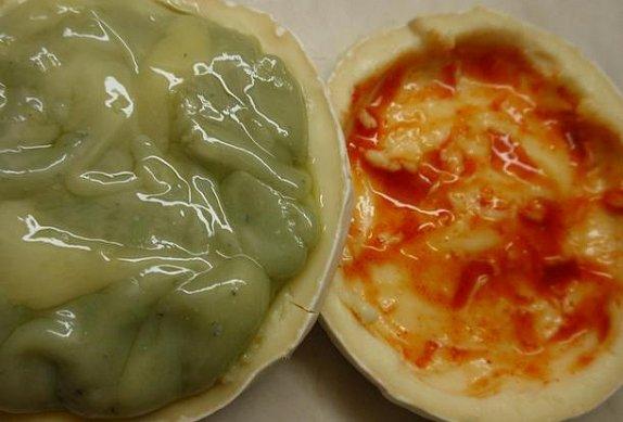 Ďábelský Hermelín s česnekem a chilli pastou