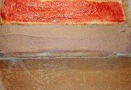 Piškotové řezy s marmeládou a krémem