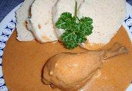 Jednoduché kuře (slepice) na paprice
