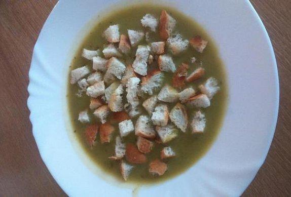 Snadná a rychlá hrachová polévka