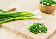 Polentová kaše s masovými koulemi a brokolicí
