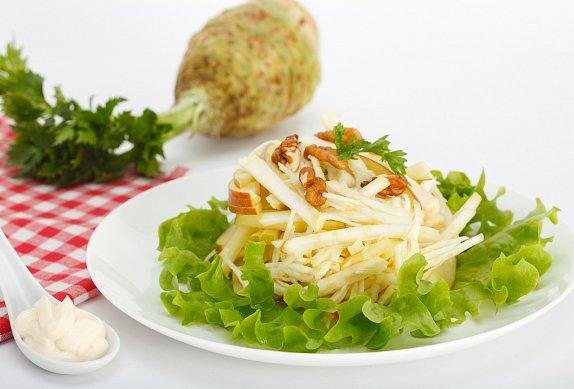 Celerový salát s jablkem photo-0