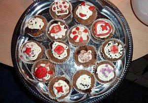 Muffiny čokoládovo jahodové s nugetou